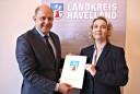 Ernennung von Elke Nermerich zur Ersten Beigeordneten, Foto Pressestelle Landkreis Havelland