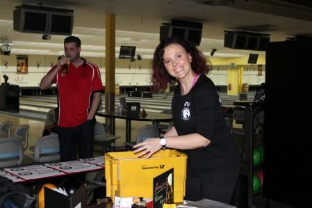bowling27