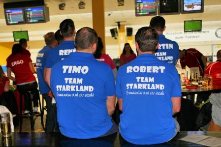 bowling52