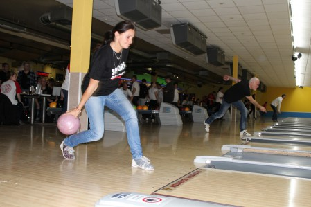 bowling82