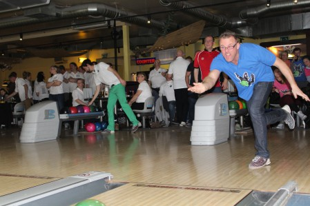 bowling85