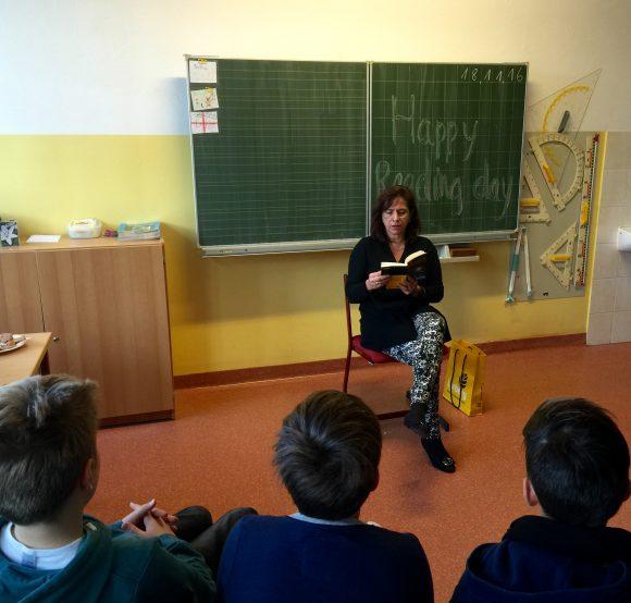 Barbara Richstein in Falkensee: Vorlesetag auf Deutsch und Englisch