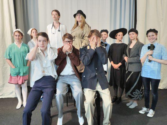 """Theater in Falkensee: Gruppe ShowTime mit """"Verantwortung der Wissenschaft"""""""