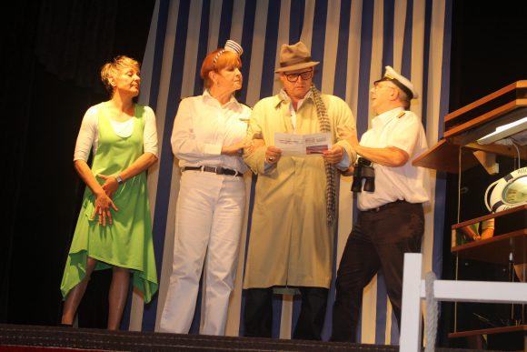 Theaterpremiere Theater im Glien: Auf hoher See!