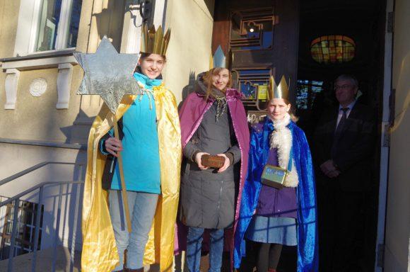 Falkensee: Sternsinger segneten Rathaus und Stadtverwaltung