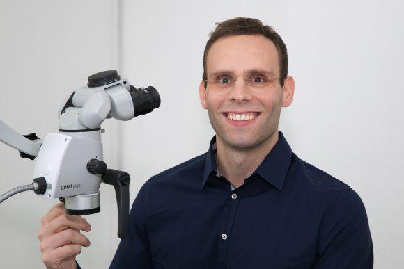 Dallgow-Döberitz: Zahnarzt Dr. Gune