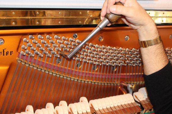 Falkensee: Der Mann am Klavier