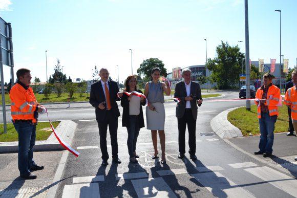 Falkensee: Kreisverkehr an der Spandauer Straße und Ortsdurchfahrt L201 offiziell freigegeben