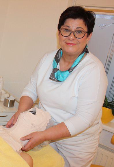 "Kosmetische Masken im Falkenseer Cosmetikinstitut ""Nebel"""
