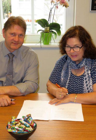 Esel-Freunde übernehmen Jugendarbeit: Kooperationsvertrag zum Betreiben des Jugendclubs Paaren im Glien
