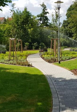 Bewässerung von Grünflächen: Bauhof Brieselang gefühlt im Dauereinsatz
