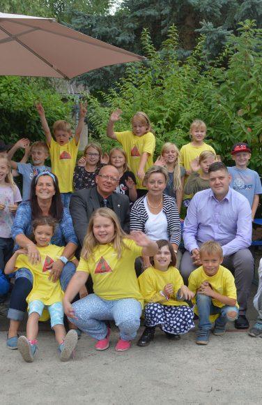 Falkensee: Hort der Diesterweg-Grundschule erhält neue Sitzbänke