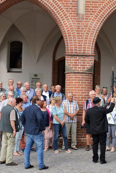 Nauen: Freundeskreis aus NRW zu Besuch im Havelland