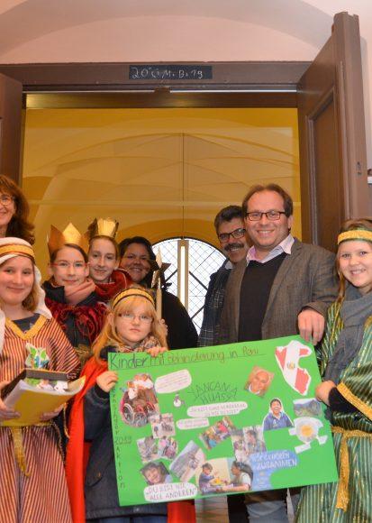 Sternsinger im Nauener Rathaus: Wir gehören zusammen!