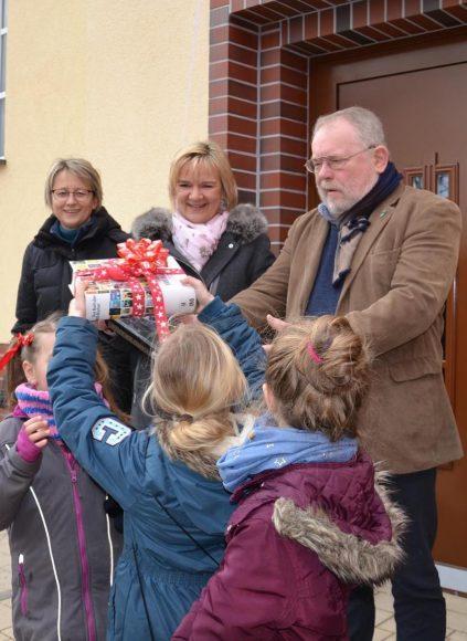 Neues Bürgerhaus in Brieselang eingeweiht – Bibliothek feierlich eröffnet