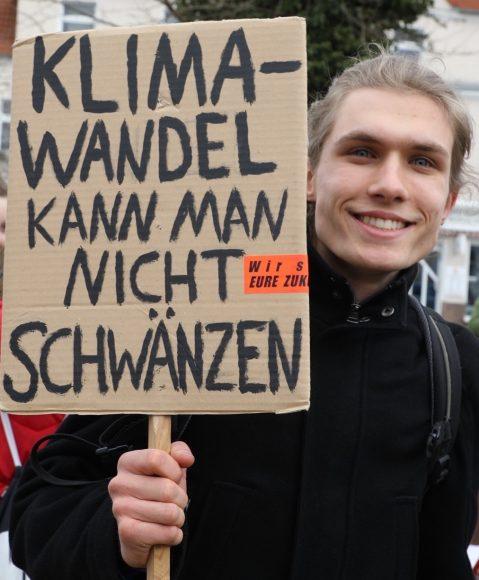 FridaysforFuture: Schüler demonstrieren in Falkensee (und schwänzen die Schule)