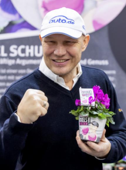Axel teilt aus – da blüht dir wat! Meet & Greet mit Boxprofi Axel Schulz am 13. April bei HELLWEG
