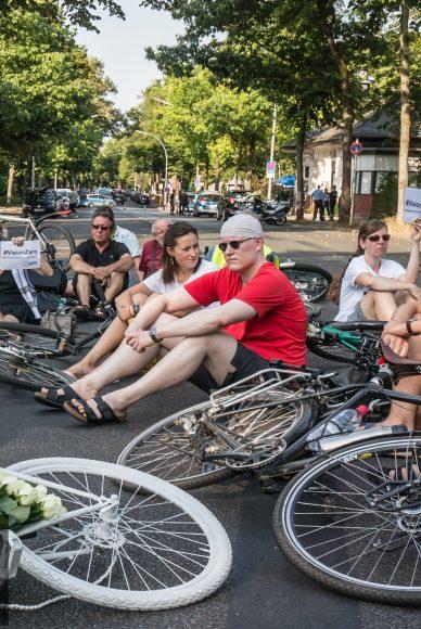 Mahnwache für getötete Radfahrerin in Falkensee