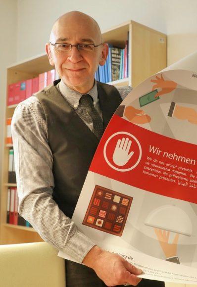 Keine Geschenke: Dr. Harald Sempf ist Anti-Korruptionsbeauftragter!