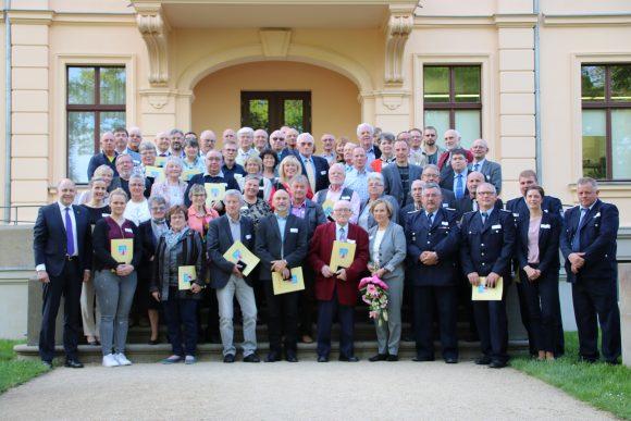 Schloss Ribbeck: Ehrenamtsmedaille für 68 Havelländer