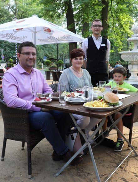 Der Kronprinz in Falkensee: Familie Nossack geht seit Jahren  gern im Kronprinz essen!