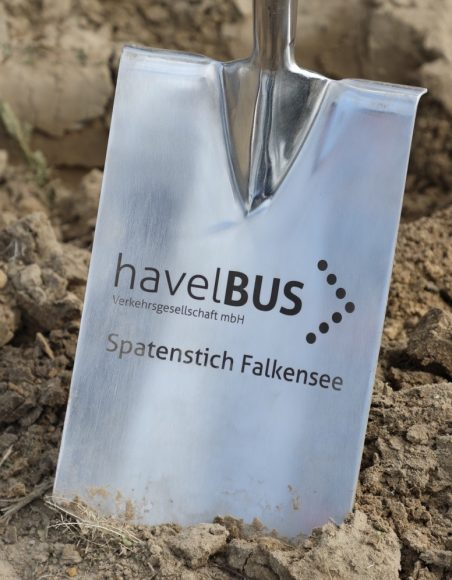 Erster Spatenstich: Havelbus plant Erweiterung zum Betriebshof in Falkensee!