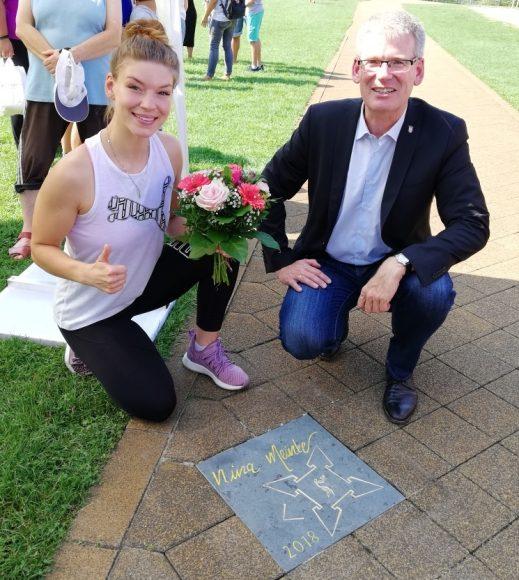 """Ehrung der Profi-Boxerin Nina Meinke auf dem """"Walk of Fame"""" des Spandauer Sports"""