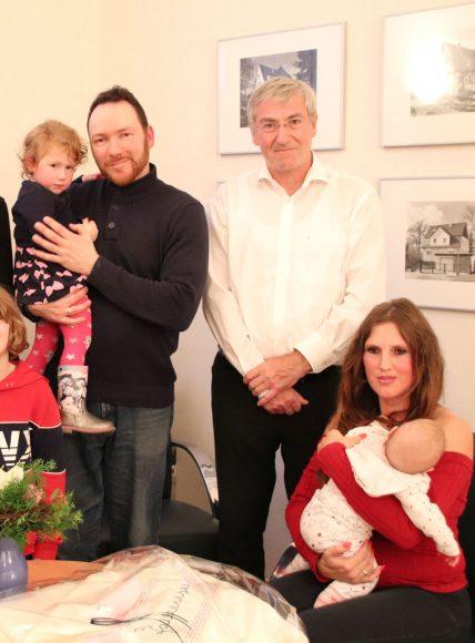 Bundespräsident übernimmt Ehrenpatenschaft für siebentes Kind einer Falkenseer Familie