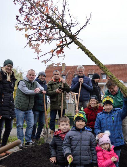 Nauen: Ein farbenfroher Wunschbaum begleitet die bunten Begegnungen im Quartier