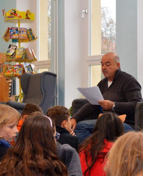 Bundesweiter Vorlesetag in Nauen: Alle Jahre wieder wird leidenschaftlich vorgelesen!