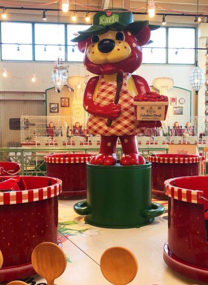 Die verrückte Kaffeetafel ist gedeckt: Karls eröffnet neues Indoor-Marmeladen-Land