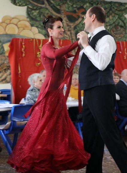 Einmal im Monat in Falkensee: Das Tanzcafé am Nachmittag für Senioren!