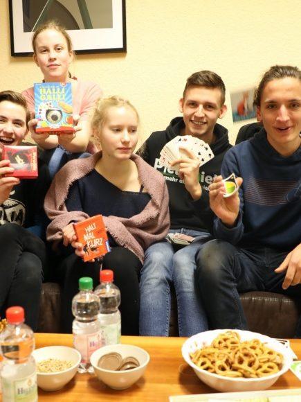 Jugendforum Falkensee: Einladung zum Spieleabend in der Vollmond-Zeit!
