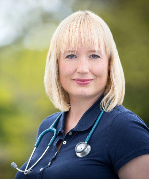 Corona-Interview: Dr. Antonia Stahl – das Schutzmaterial geht uns aus!