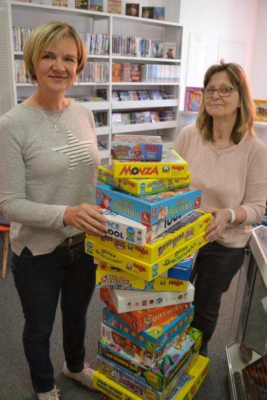 Brieselang: Neue Spiele, neue Bücher: Bibliothek öffnet am Montag wieder