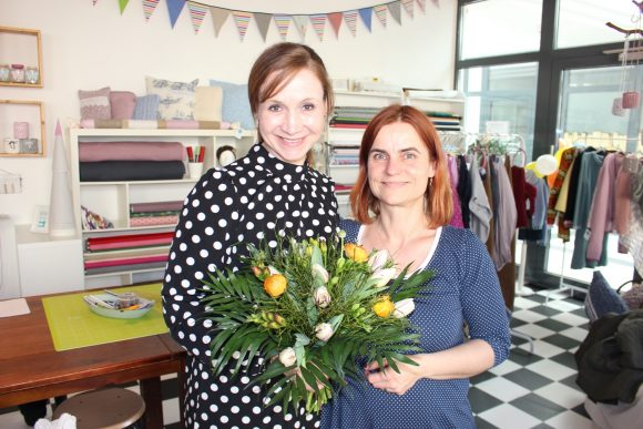 Ilka & Nina aus Falkensee: Bunte Mundmasken nähen in der Corona-Zeit!