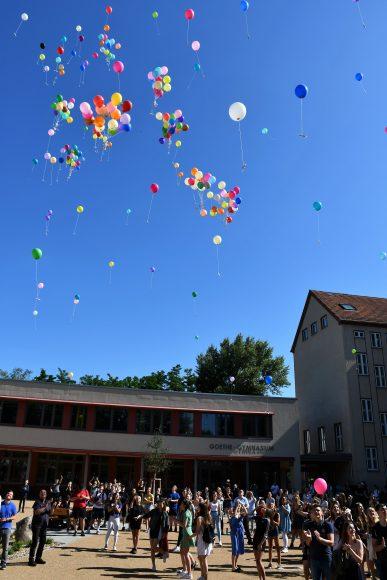 Abi 2020: Das bleibt unvergessen in Nauen! Wegen Corona fand die Abiturfeier im Funkamt statt