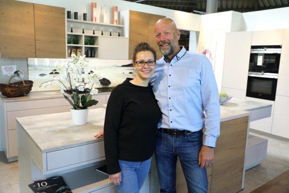 Jubel in der Küche: Peter Weiss feiert  sein 30-jähriges  Firmenjubiläum!