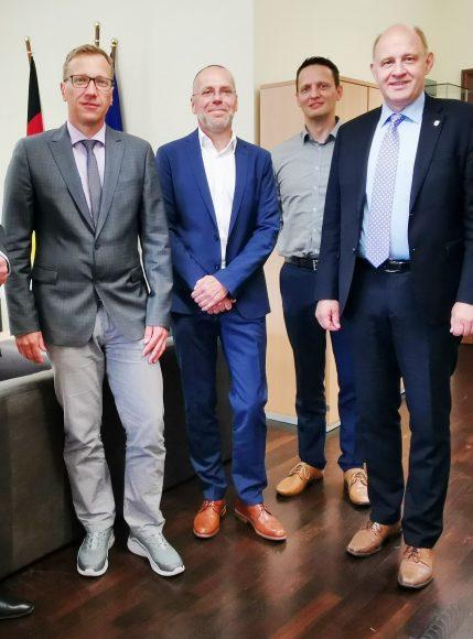 Landkreis Havelland und Stadt Rathenow setzen sich für Halbstundentakt ein