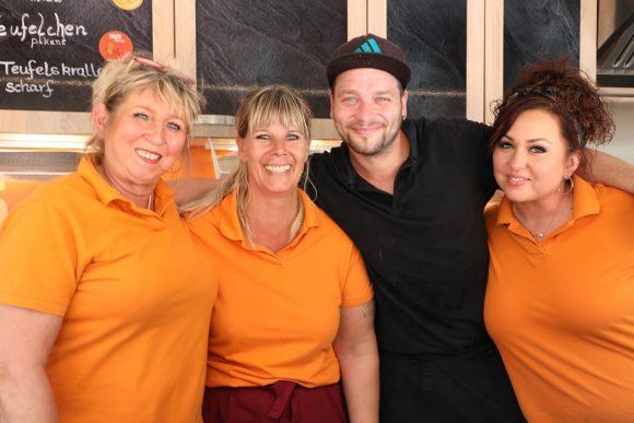 Neu in Falkensee: Mollys Curry lockt mit Currywurst und Burgern!