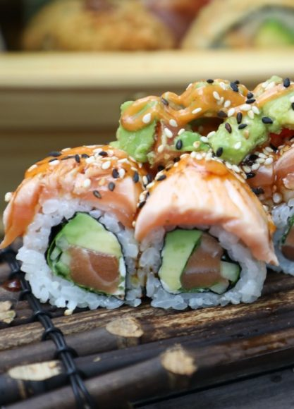 Das Sushi-Schiff: Im Simplé an der Heerstraße wird nun auch Sushi angeboten!