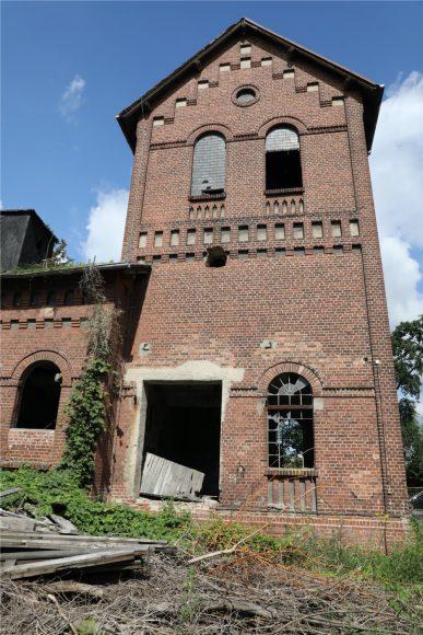 Wohnen im Gaswerk: Das alte Gaswerk in Nauen soll in Kürze bewohnbar werden!