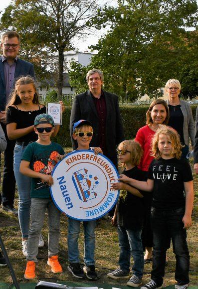 """Nauen erhält das Siegel """"Kinderfreundliche Kommune"""""""