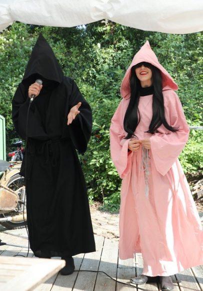 FALKENSEE.aktuell präsentiert Death Comedy: Der Tod und Exitussi im Hexenhaus!