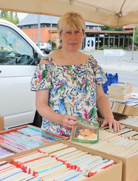 Tausche Arztroman: Petra Lindner ist seit 30 Jahren mit ihren Romanen unterwegs!