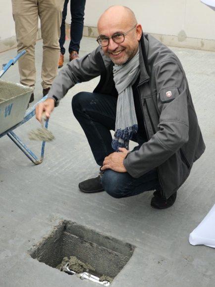 Olympisches Dorf Elstal: Haus Montreal bekam zur Grundsteinlegung eine Zeitkapsel!
