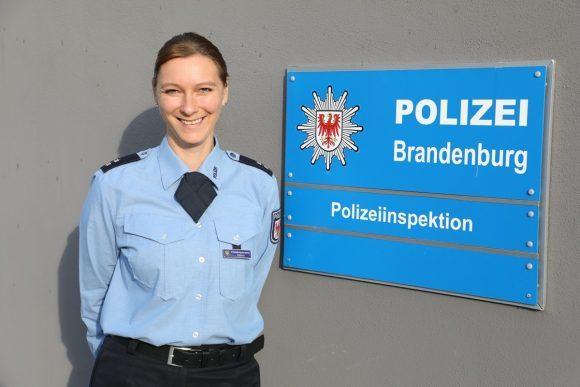 Komm' zur Polizei: Die Polizei Brandenburg hat eine Einstellungsberaterin!