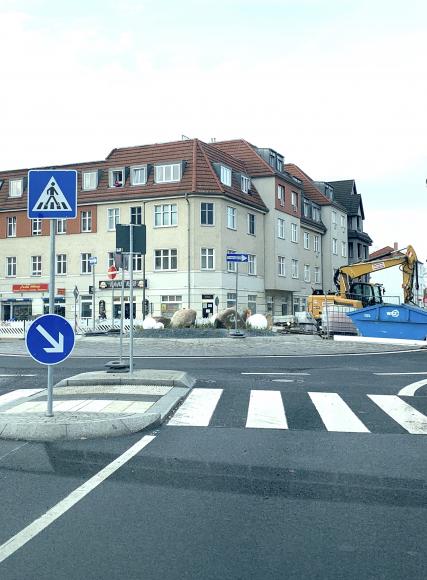 Zur Barrierefreiheit der Kreisverkehre im Falkenseer Stadtzentrum