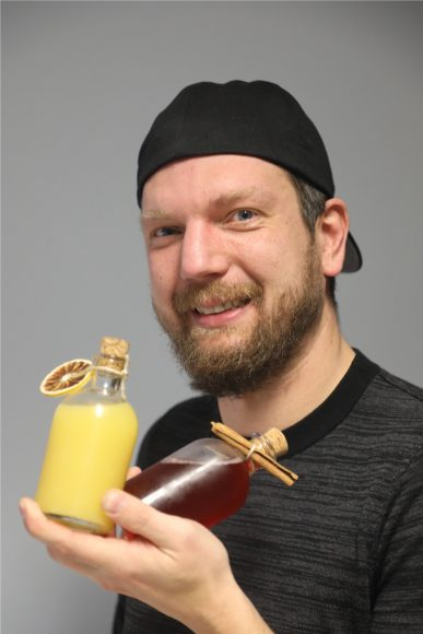 Mobile Rumbar: Enrico Hübner und das RumBar-Team bringen Cocktails zum Kunden!