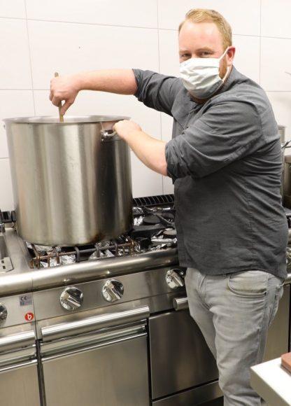 Sawito hilft mit Suppenspende: Gaisburger Marsch für die Falkenseer Tafel!